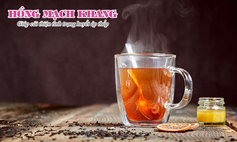 Uống trà trong bữa ăn có thể cải thiện huyết áp thấp sau khi ăn